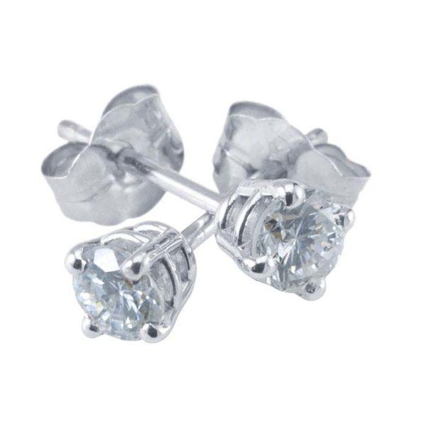 Peet diamond stud